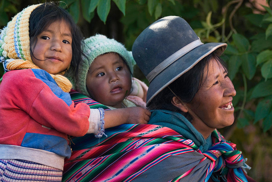 aymara-women-with-their-children-republic-of-bolivia-eric-bauer